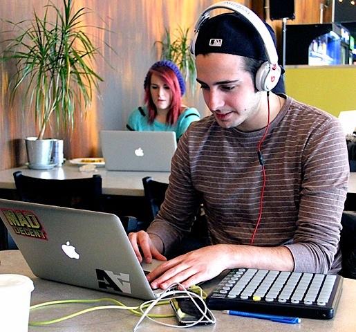 Online Learning for Music Majors