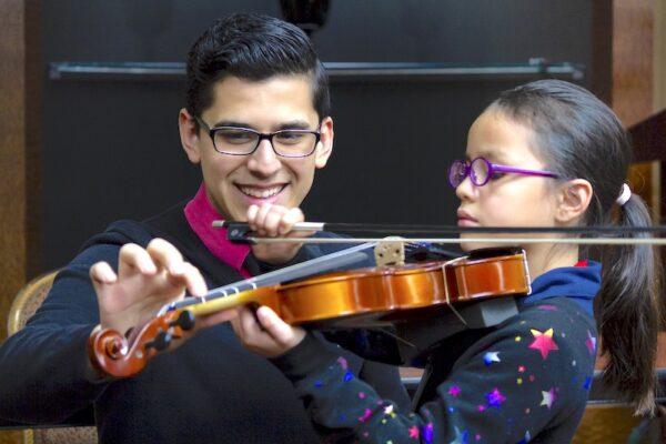 Vandercook student teaching violin